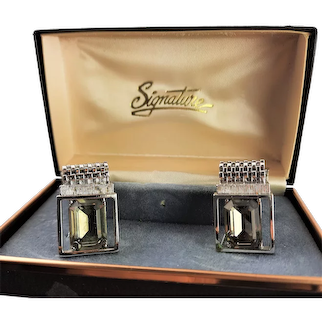 New Unused Signature Gray/Green Cuff Links
