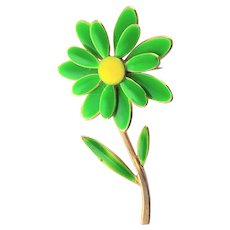 Green & Yellow Enamel 1960's Daisy Brooch