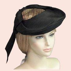 1930's - 40's Black Straw A Luetta Model Labeled Hat