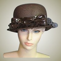Beautiful Vintage Brown Straw1950's Chapeaux