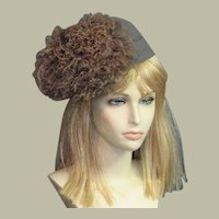 Outstanding Designer 1940's Gray Wool Hat With Feathers