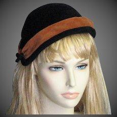 Cinnamon & Black 1050's Velvet Hat