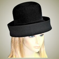 Magnificent Black Velvet Oleg Cassini Hat