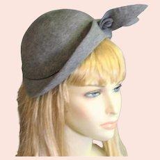 Stunning Early 1950's Gray Wool Felt Hat
