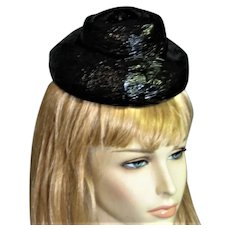 Funky Schiaparelli Black Raffia Hat