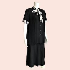 1950' Two Piece Maternity Black Pleated Top Outfit