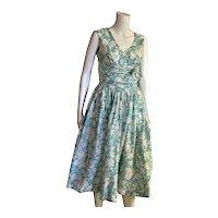 1950's Full Skirt Floral Full Skirt Dress