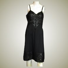 Beautiful Vanity Fair Black Full Slip