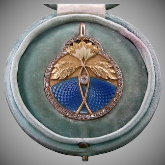 An 18K Enamel Art Nouveau Diamond Locket Signed Masriera Circa 1900