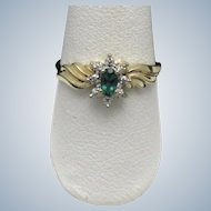 10K Yellow Gold Ladies  Emerald Diamond Ring Signed