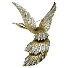 Vintage BOUCHER Bird in Flight Figural Brooch Pin