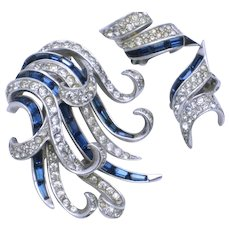 BOUCHER Sapphire Baguette Rhinestone Ribbons Brooch Earrings SET