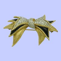 Vintage Stacked JOMAZ  Bow Brooch Pin Gorgeous