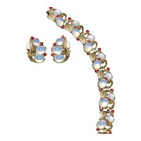 CROWN TRIFARI  Moonstone Rhinestone Bracelet and Earring Set