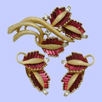 PENNINO Vintage Red Invisibly Set Baguette Brooch and Earring SET