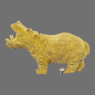 18 Karat Gold Hippopotamus Brooch by George Lederman