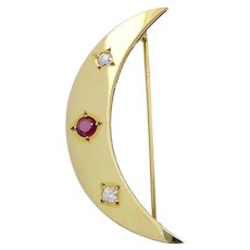 Vintage Crescent Moon Brooch in 14 Karat Gold with Diamonds and Ruby