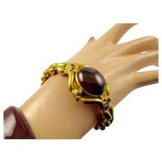 Victorian Garnet Cabochon Bracelet in 15 Karat Gold