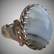 Waves of Luscious Agate Victorian Ring 14k