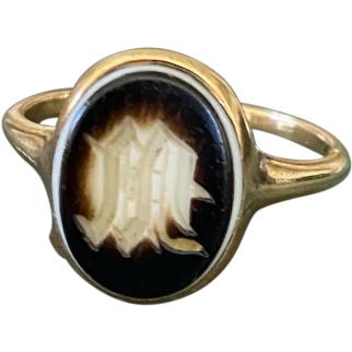 Victorian M Agate Signet Ring 18k