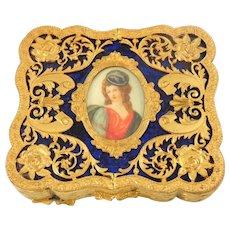 Vintage Victorian Style Compact Ornate Gilt Cameo Portrait