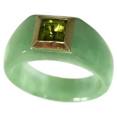 14k Gold Jade Ring with Bezel Set Peridot August Birthstone Ring Unisex