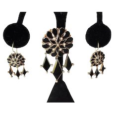 Victorian 14k Gold Onyx Seed Pearl Brooch Dangle Wire Earrings Mourning Jewelry