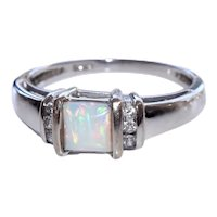14k WG Fiery Opal and Diamond Ring Sz 7