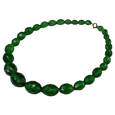 Rare Art Deco Emerald Green Vaseline Uranium Glass Necklace It Glows
