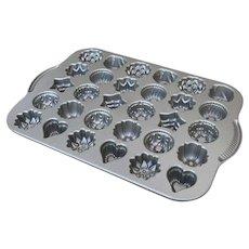 Nordic Ware Teacakes Pan Candies Pan Mold 30 Cakes