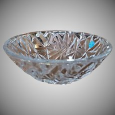 "9"" Tiffany Bowl Rock Cut Crystal Signed w/original label GREAT GIFT"