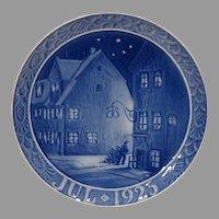 1925 Royal Copenhagen Christmas Plate