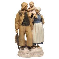 Vintage Bing & Grondahl Large Figure #2025 Fisherman & Family