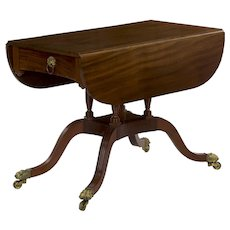 American Classical Mahogany Breakfast Table, New York circa 1815