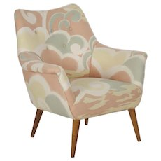 Mid Century Modern Arm Chair on Maple Splayed Legs circa 1960s