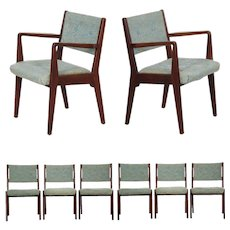 Set of Eight Mid Century Modern Jens Risom Walnut Dining Chairs
