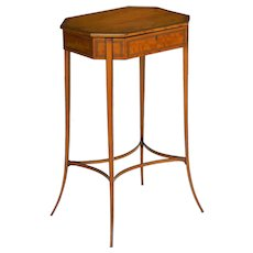English Regency Antique Satinwood Accent Side Table circa 1800-15