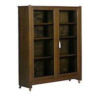 Mission Arts & Crafts Oak Antique Bookcase Bookshelf Cabinet, 20th Century