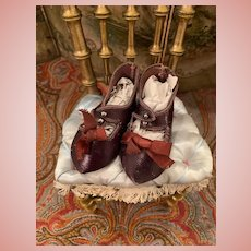 Pretty French Shoes for Bebe Dolls