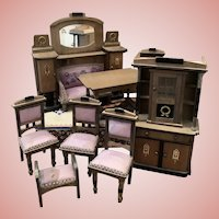 Interesting Dollhouse Furniture Set