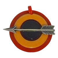 Bakelite Patriotic Colors Bullseye with Arrow Charm Zipper Pull Pendant Necklace Bracelet Phone