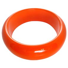 Vintage Chunky Halloween Solid Orange Bakelite Bangle Bracelet