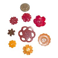 8 Vintage Bakelite Buttons Flower Shapes in a Few Sizes & 4 Different Colors