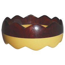 Hard to Find Authentic BAKELITE Reverse Zig Zag Sawtooth Bangle Bracelet 2 Colors Laminated