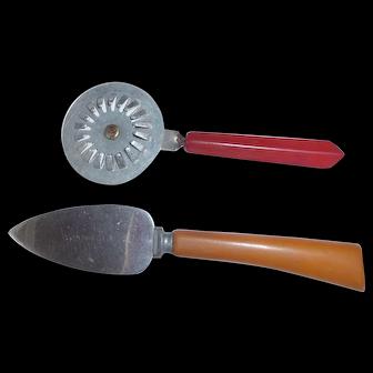 2 Bakelite Kitchen Tools Vintage Bakelite Pie Trimmer Sealer Tool & Pie or Cheese Server
