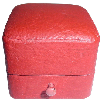 Red Leather & Tan Velvet Antique Vintage Ring Box Push Button