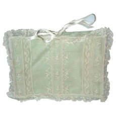 Beautiful Small Vintage Satin & Lace Handkerchief Hanky Holder