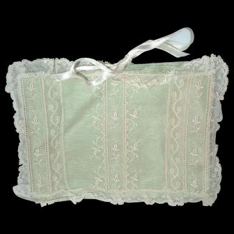 Beautiful Small Vintage Satin & Lace Handkerchief Hanky Holder
