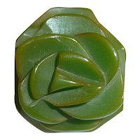 Beautiful Carved Floral Rose Flower Green Bakelite Ring Sz 6