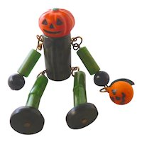 Bakelite, Lucite and Hard Plastic Pumpkin Man Pin Brooch Halloween JOL